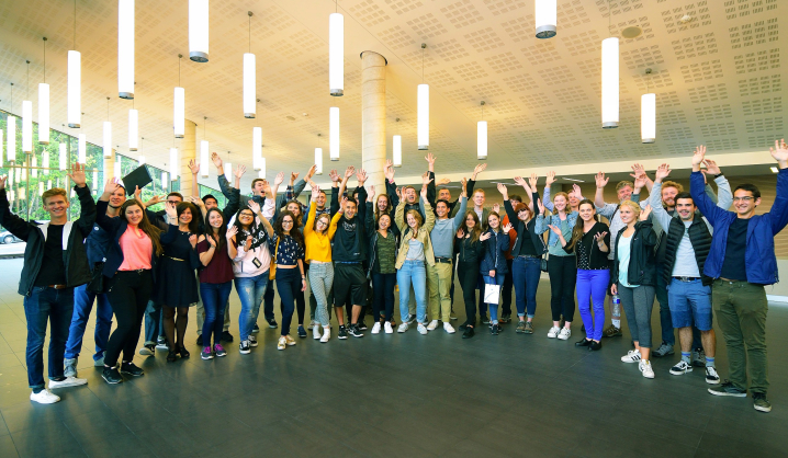 VGTU and CalPoly students meet during the 5-th international summer school