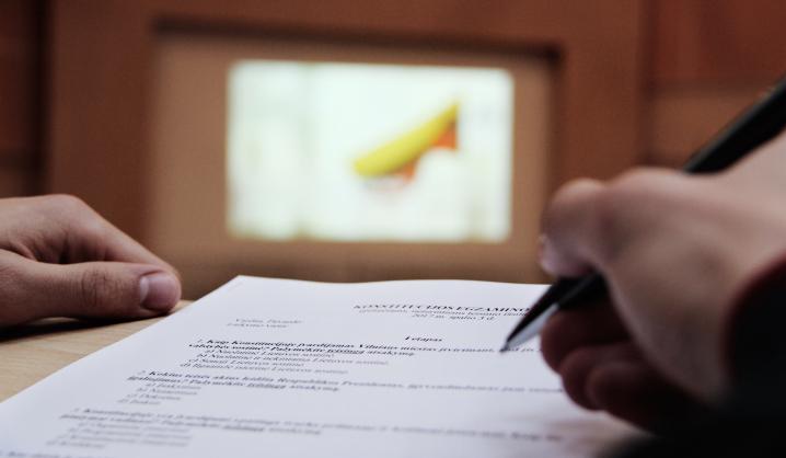 Konstitucijos egzaminas VGTU: net 15 studentų pateko į antrą etapą