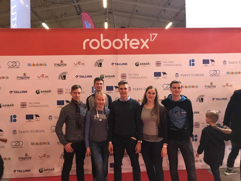 """VGTU studentai – robotikos festivalyje """"Robotex'17"""""""
