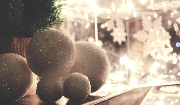 Kalėdinės verslo dovanos: ekspertai pataria, kaip nepaslysti